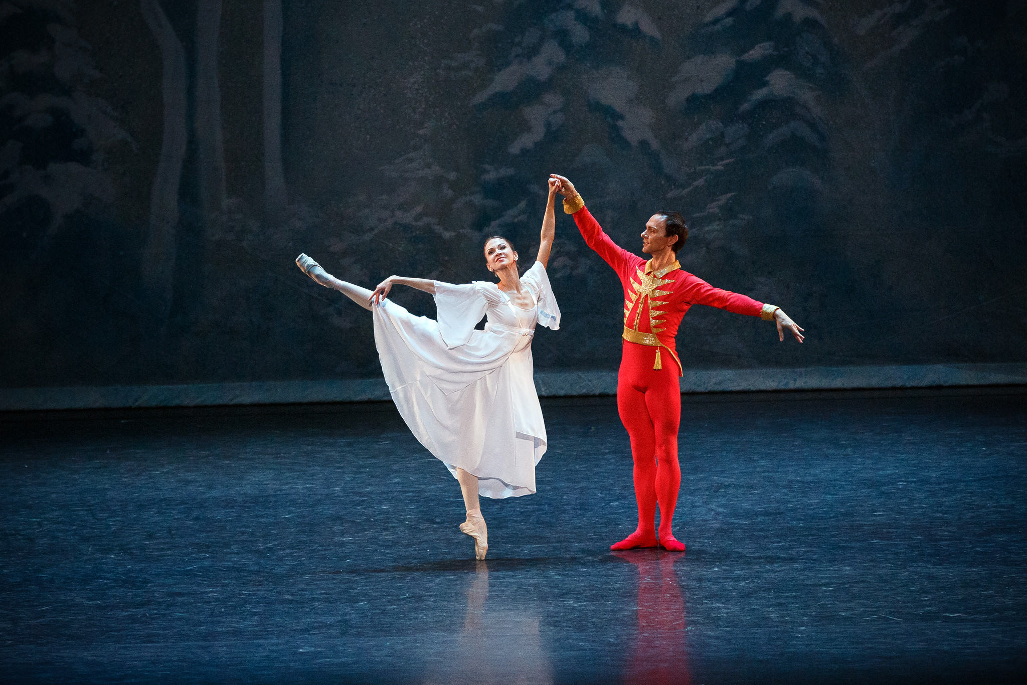 """an analysis of the nutcracker performance The nutcracker was the first formal ballet performance that i ever saw, and i have been attracted to the """"waltz in the flowers"""" piece composed by piotr tchaikovsky ever since i continued to listen to the piece through recorded music and it became my favorite piece of recorded music."""